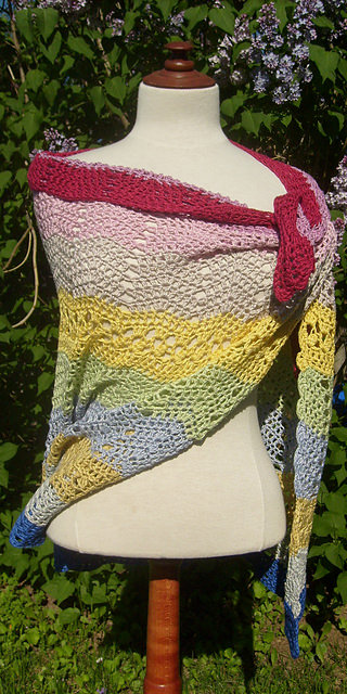 Bubblegum Shawl by ACCROchet